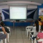 Hoy se realizó en Machala la presentación del proyecto Medición de #HuelladeCarbono a exportadores de #banano http://t.co/mhobH4ZEiE