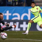 79 Two-goal hero Neymar gets a well-deserved rest for the last ten minutes #FCBlive http://t.co/0pWd72RDdT