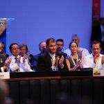 La delegación ecuatoriana en #CELAC2015 http://t.co/kh2GgzrHj4 Con @MashiRafael junto a @RicardoPatinoEC y @CecyVacaJones