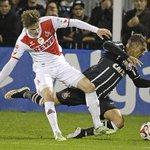 @folha Guerrero admite desejo de voltar ao futebol europeu http://t.co/fT156SfhSU http://t.co/6blisjucEa // NÃO SE VÁ, CARA!