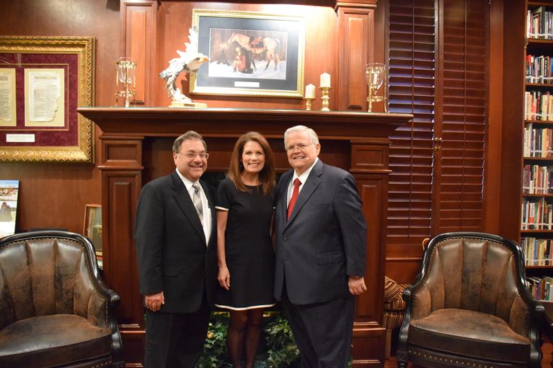 RT @MicheleBachmann: Rabbi Riskin and I were @PastorJohnHagee's special guests on Sunday at the Cornerstone Church in San Antonio http://t.co/JJDjrGUVUj