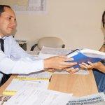 Concejal alterna del cantón Huaquillas, Tatiana Sandoval recibe del Director @CNE_JorgeDavila literatus del CNE http://t.co/iGX4bzu9VU