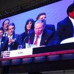 Raúl Castro ratifica el apoyo cubano a la revolución bolivariana y el gobierno de @NicolasMaduro @nacion #Celac2015 http://t.co/Lcc3jQZf3O