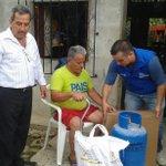 #ElGuabo | @MIES_Zona7 entregó 36 cocinas-cilindros y 149 kit de alimentos a familias de #Pagua afectadas por lluvia http://t.co/BBdagtHz32