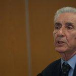 Beppe Grillo, dove è finito Rodotà? Le quirinarie #M5s e Magalli lo hanno sepolto http://t.co/mCbEXpgfRK http://t.co/j4M45DBOMf
