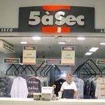 Alckmin vai bombar a indústria dos perfumes. Viraremos franceses: 2 dias com água e depois: Cinc à Sec... http://t.co/yhc77PsxaJ