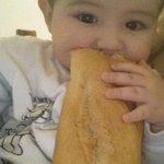 """""""@cherovapete_: - Y que tal te va con la dieta? -.. http://t.co/BlX7POemzt"""" @aradellaloggia Yo"""