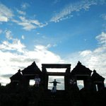 Candi Ratu Boko, Jogja (pict: @YunitaWidya11) http://t.co/oRvrbEaPYB