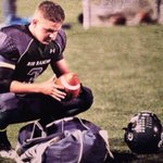 A 6'3 200lb HS QB has 108 TDs, a state title, 4.0 GPA and 0 scholarship offers #EastonBruere  http://t.co/NpSot4rQiV  http://t.co/fKbfWGGLgX