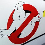 New #Ghostbusters crew is all women -- Paul Feig to direct. READ MORE: http://t.co/yH9sAbSYxX http://t.co/SbgRGXMZWH