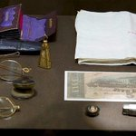Contents of Abraham Lincolns pockets at moment of his assassination, not shown to public for 111 years:     #LOC http://t.co/V9b502eKcr