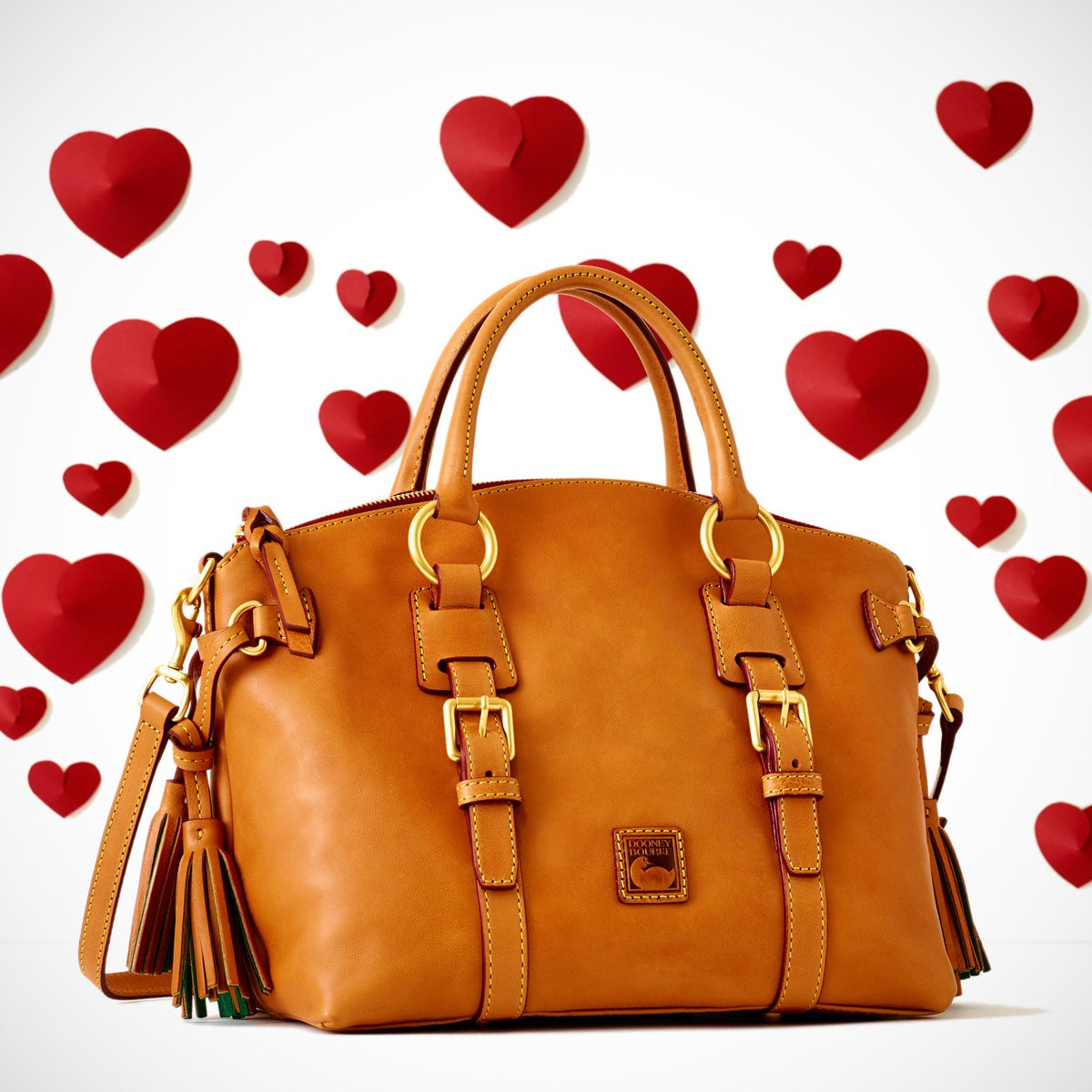 LOVE IS IN THE AIR - Browse our 2015 Valentine's Day Gift Guide at http://t.co/4dvzFhTVK6 http://t.co/OGcRqch9yf