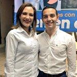 Un honor contar con la presencia de un líder juvenil, @JuanMGonzalezA. #AvancemosJuntos jóvenes con #FundClemenElias http://t.co/6t0Z2dcOb7