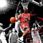 Code Red: #Chicago #Bulls @Jumpman23 @NikeChicago @HeirJordan13 @chicagobulls @hornets @Chicago_Reader @MickiJae ~ http://t.co/r7Hne5QyOG