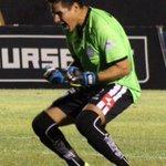 ATAJADA DE ARIAS PARA DETENER EL PENAL DE @TolucaFC http://t.co/ccnQT5B6b0
