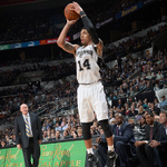 Spurs beat Hornets, 95-86. SA wins its 6th straight at home. Danny Green records 16 Pts, Duncan adds 12 Pts & 14 Reb. http://t.co/piYtgKrS0m