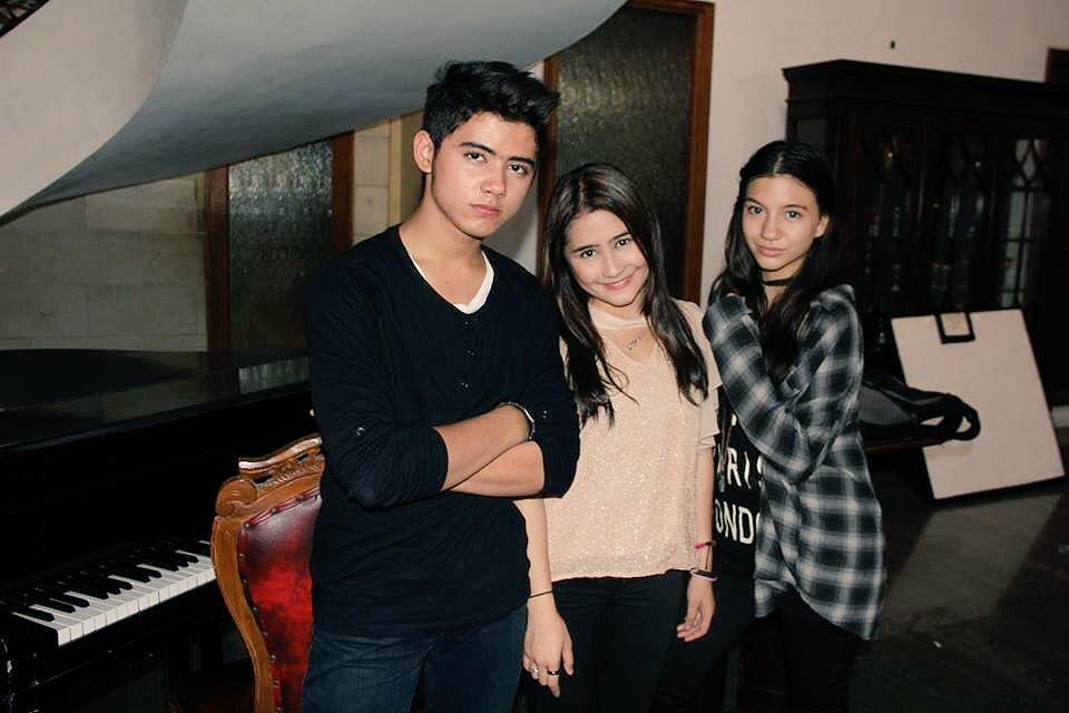 With my Fav GGS Couple @PrillyBie @alysyarief :D http://t.co/Yi5qPzAXNa