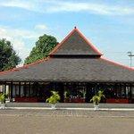 Kraton Jogja (pict: Danzguevara) http://t.co/8SB7sC92oG