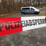 19-Jährige in Darmstadt erwürgt - Polizei nimmt vier Familienmitglieder fest http://t.co/wD1o1eBVPK http://t.co/GVC0pVlnS9