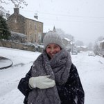 #snowsmiles from Louise in #Sheffield #iLoveS. Share your snow smiles! #snow #uksnow http://t.co/PSF5z62DBn