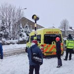 Ambulance stuck on Sandygate Road, Crosspool. Roads bad, traffic heavy, buses running,not moving much @SheffieldStar http://t.co/EIjexS07I4