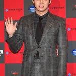 JYJ パク・ユチョン、第6回今年の映画賞授賞式(1/29) http://t.co/BfxRrXk4mA