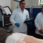 #HOY @ferortegab recorrió campus VII de la  @UACam_Avanza. Recibió explicación del laboratorio de simulación clínica http://t.co/OvZ0EGgT2X