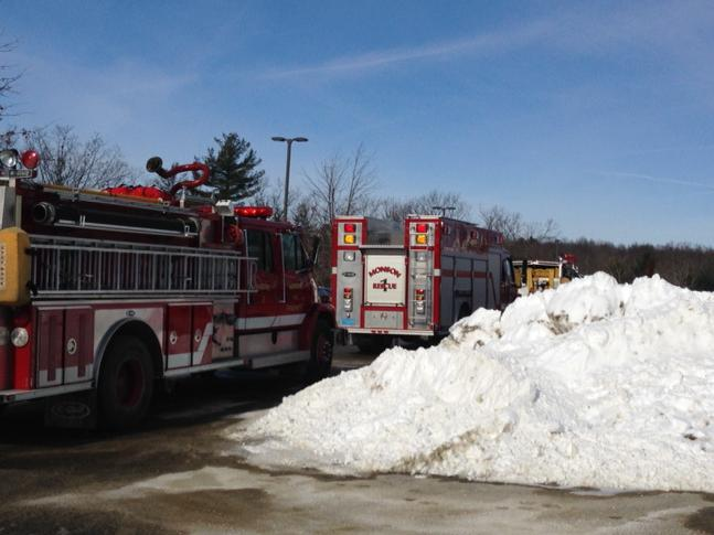 All activity inside school. No one in p-lot but me & some firefighter. #monson msp helicopter overhead http://t.co/v5pbCu7nLw