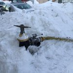 Remember to clear the snow COMPLETELY around the hydrant. Especially towards the street. http://t.co/OBD0E0q9um