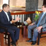 .@MashiRafael mantiene entrevista con Marlon Morán, canal 13 de #CostaRica http://t.co/3Qes4QqmRQ