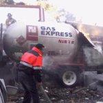 Gas Express Nieto repite tragedia, en 2014 explotó otra pipa que mató a 3 http://t.co/8hgcGaX0jO http://t.co/ENKBjBnWyH