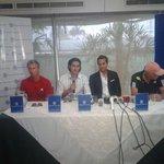 @juliocampozano hace oficial su retiro del tenis en el Club Anexo de Samborondón #Guayaquil http://t.co/auXCc920Eo