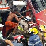 @eluniversocom Condutor de bus Rutas Empalmeñas fallece y 7 pasajeros resultaron heridos en accidente via a Daule. http://t.co/0xNTCnDNXi