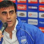 CONFIRMADO!! Gustavo Quinteros es el nuevo DT de la selección ecuatoriana de fútbol. http://t.co/eC0zV3b8RY
