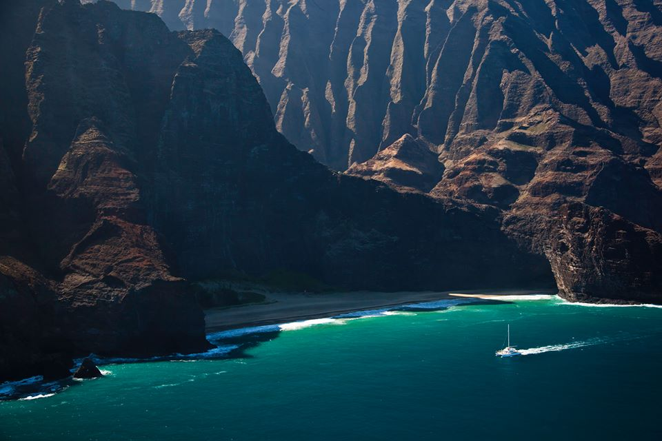 Travelers beware: if you visit Hawaii's Napali Coast, you may not want to leave. Plan accordingly. http://t.co/XXhxRNCWWa