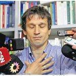 Lagomarsino recordando el momento en que le dio la pistola a Nisman. #PremiosMartínFierro http://t.co/fa6I4ugXcB