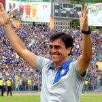 EL BICAMPEÓN AHORA A LA TRI || Gustavo Quinteros nuevo técnico de Ecuador http://t.co/UA2VPNESqL http://t.co/Dje5YFElVG