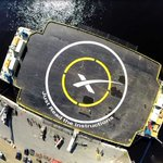 Painting the name on the droneship ... http://t.co/X8R8O4KjPx