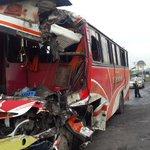 @eluniversocom El accidente sucedió a las 13:45, en el km 23.5 de la via a Daule, frente a la compañía 55 de Bomberos http://t.co/MLOXkwuDWD