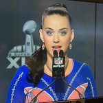 Katy Perry looks amazing at her Super Bowl press conference right now! @KatyPerry http://t.co/67oVILkEWi