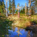 Great photo! #exploreBC MT @HTGlobe: Loving Stanley Park! Check out these beautiful Totems #Vancouver #Canada http://t.co/Ckp1z3gjNJ