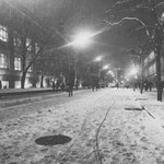 Beautiful snowy #Ryerson this evening #toronto #gouldstreet http://t.co/3Sp5dGBc2n