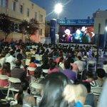 Ahora : Cine al aire libre en la plaza de Curicó http://t.co/tyjm4AJ6x1