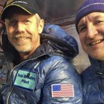 Pilots set new world distance record for flight in gas-filled balloon after Pacific crossing http://t.co/ivBA208arD