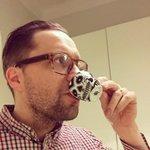 Kahvit naamaan ja radiot töttöröö!! 📢📢📢 #RHaamut @RadioHelsinki http://t.co/OsnO9MllRE http://t.co/znMLYutxA4