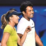 Leander Paes & Martina Hingis beat Hsieh Su-Wei & Pablo Cuevas to reach Australian Open mixed doubles final. http://t.co/naNg4211aX