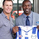 RT @NMFCOfficial: One legend meets another; #NMFC champion @WayneCarey27 with #NFL legend @TerrellOwens - stay tuned for more