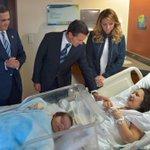 El presidente Peña Nieto [@EPN] visitó a heridos por explosión en #HospitalCuajimalpa. http://t.co/docu8qB7VW