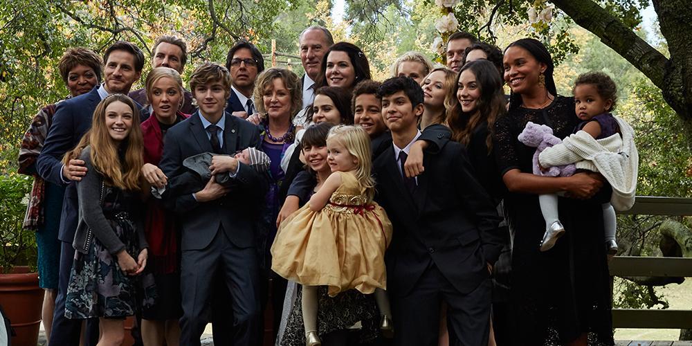 One big, happy, wonderful family. #ParenthoodFarewell http://t.co/TsVs3CyRMu