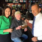 Abbott visits an actual pub in Colac. Poor bloke in the middle doesnt look too thrilled. http://t.co/6RDI8CzpDg
